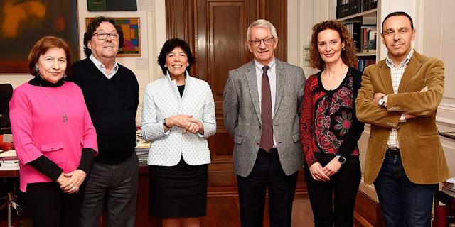 Reunión de Enseñanza UGT con la ministra Isabel Celaá, Enseñanza UGT, Enseñanza UGT Ceuta, Blog de Enseñanza UGT Ceuta