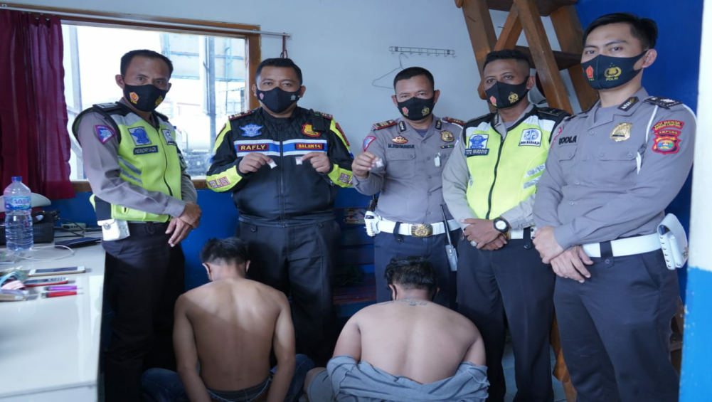 Anggota Satlantas Polresta Tangkap Dua Orang Diduga Pengedar Sabu, Pelaku Tabrak Polisi