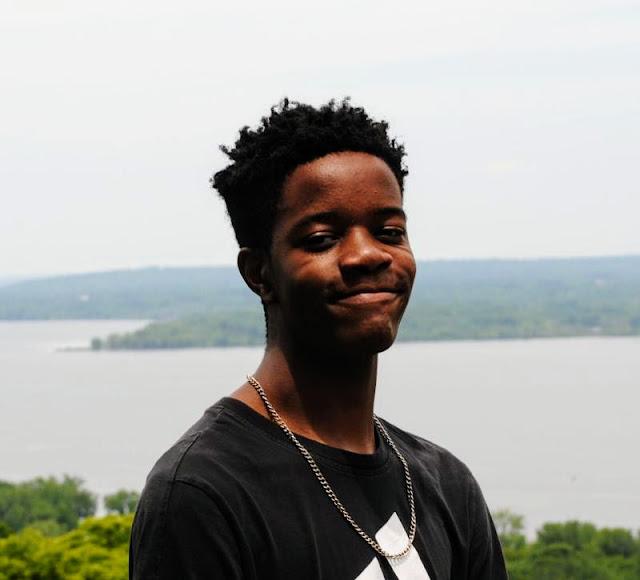 Entrepreneur Profile:Young Germantown Hills Entrepreneur Building a Media Empire, Metamora Herald