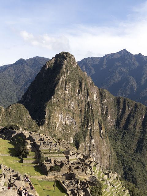 Image of Machu Picchu viewed from a distance