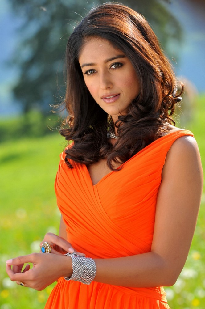 ornage ileana latest hot new spicy stills photos