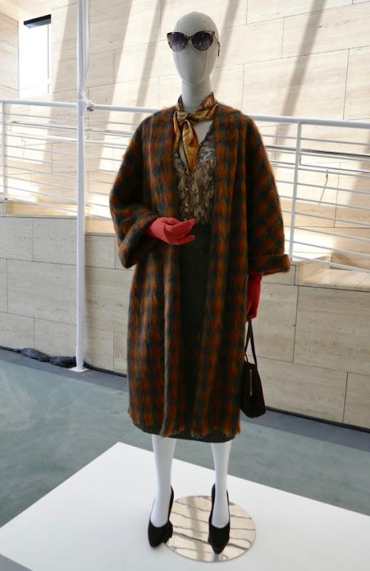 Princess Margaret episode 4 costume Crown season 2