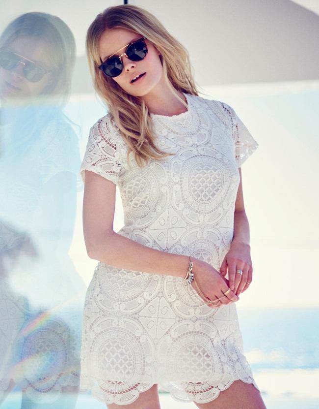 cf. Sheinside 2015 Fall White Lace Turtle Neck Dress