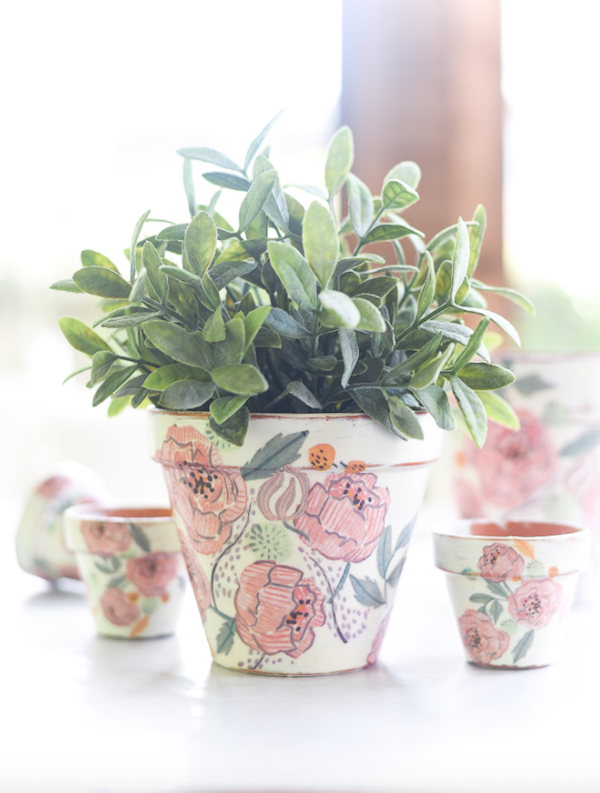 DIY decoupage terracotta flower pots
