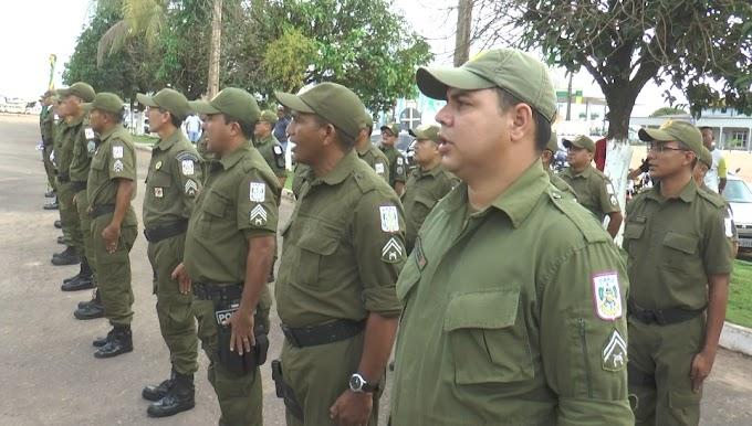 ACONTECEU NA MANHÃ DE HOJE A FORMATURA DO 15º BPM EM COMEMORAÇÃO AO DIA DE TIRADENTES, PATRONO DA POLICIA MILITAR.