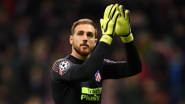 fastest goalkeeper to reached 100 La Liga clean sheets record