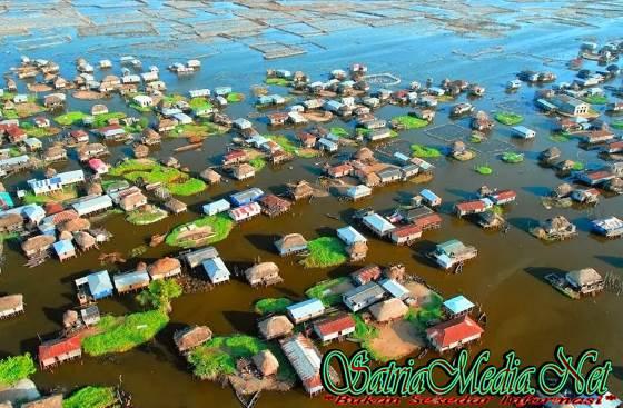 Ribuan Rumah Dibangun Diatas Air