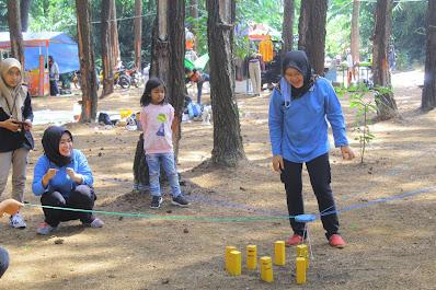 outbound di Hutan Pinus Cigore Subang