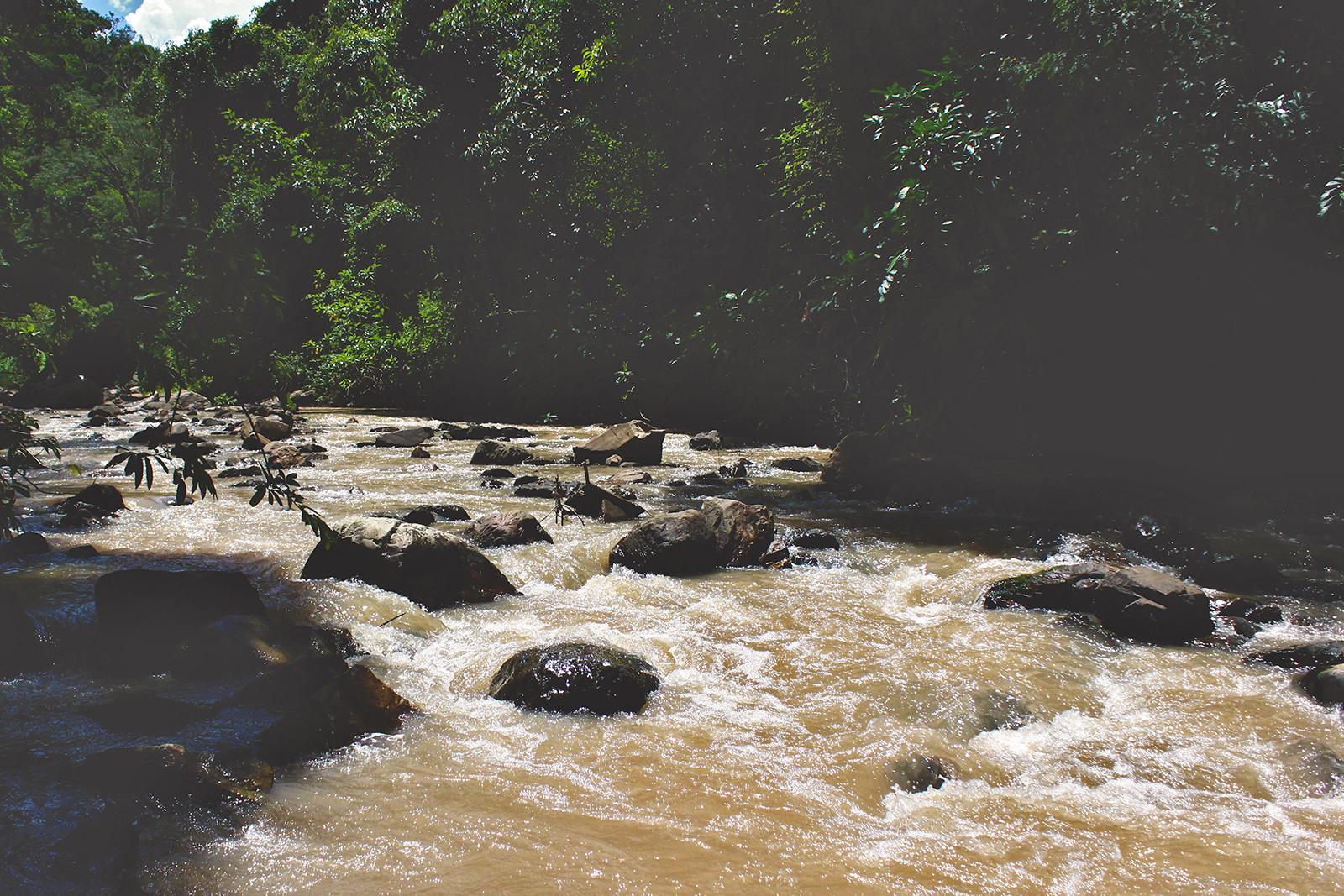 rio pedras minas gerais