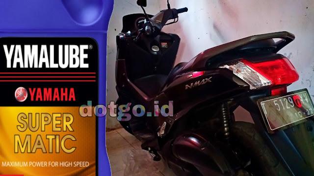 Ganti Oli Mesin Motor Harus dilakukan Lebih Awal Jika Motor Yamaha NMAX Sering Terjebak Jalan Macet di Kota Besar yang padat kendaraan