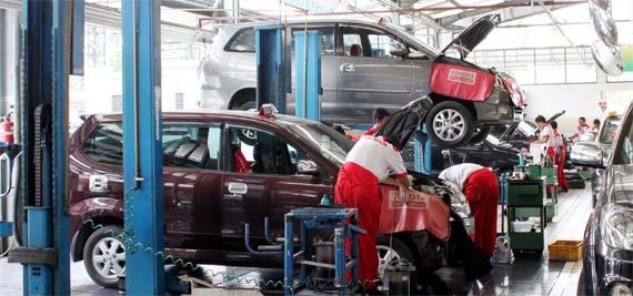 Lowongan Kerja Lulusan SMA SMK Sederajat PT Toyota Astra Motor (TAM)