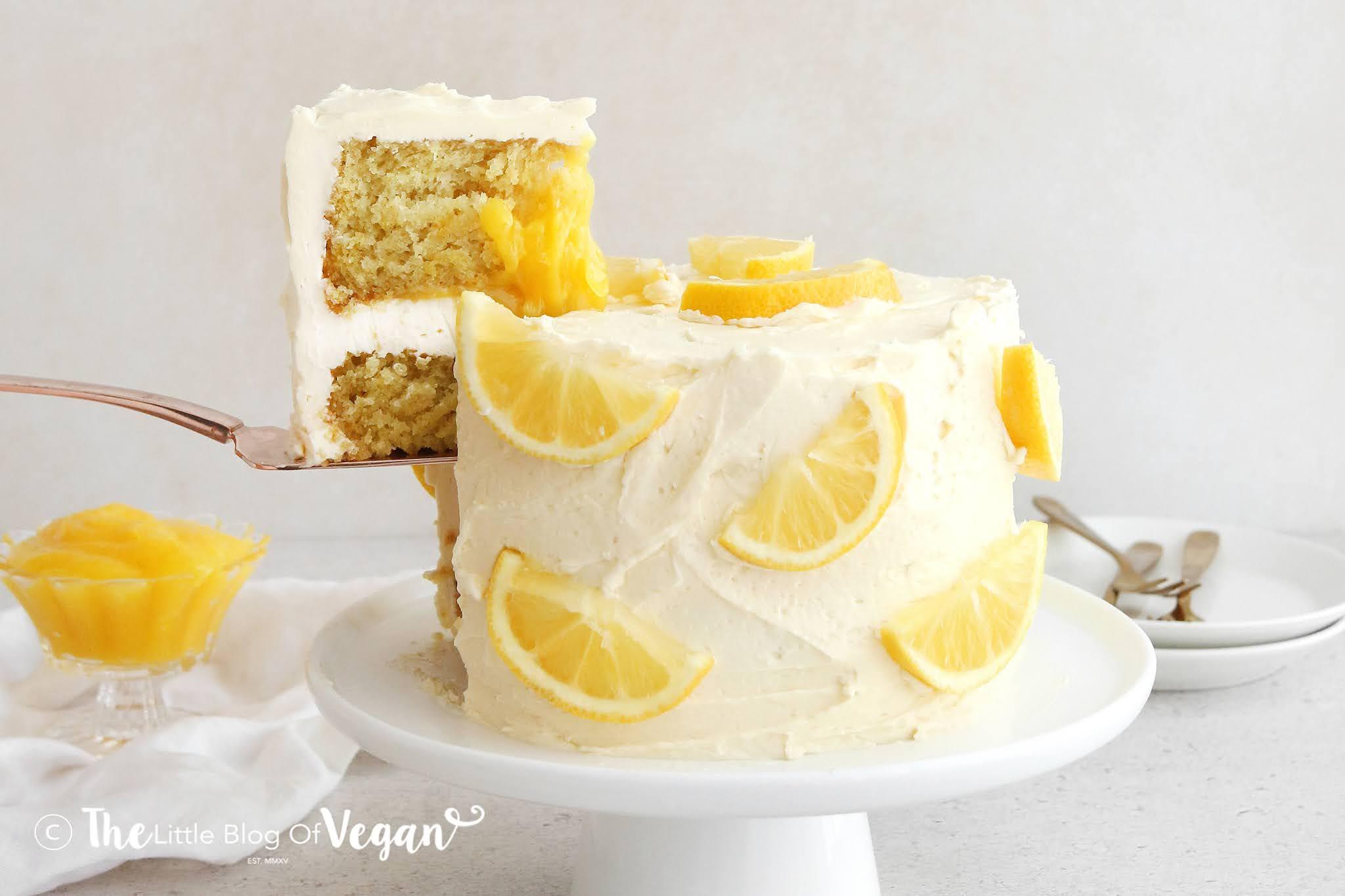 Lemon-cake-with-lemon-curd