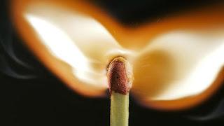 ¿Cómo se produce el fuego?