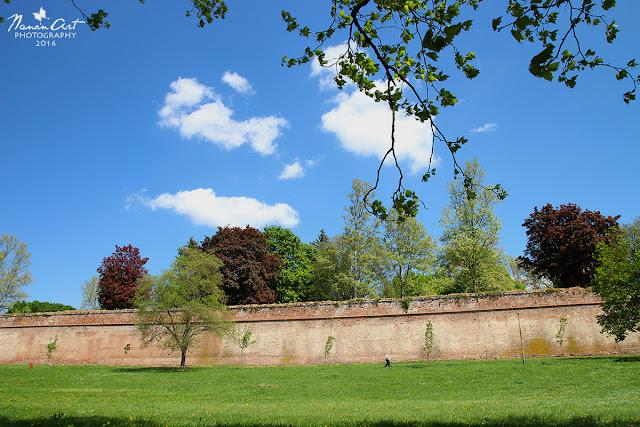 A szigetvári vár egy szép napsütéses áprilisi napon.