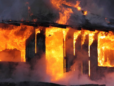 man burns family house oyo state