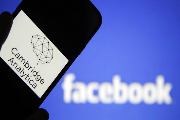 فيسبوك تعد المستخدمين بمفاجأة جديدة لمحو فضيحة كامبريدج أناليتيكا