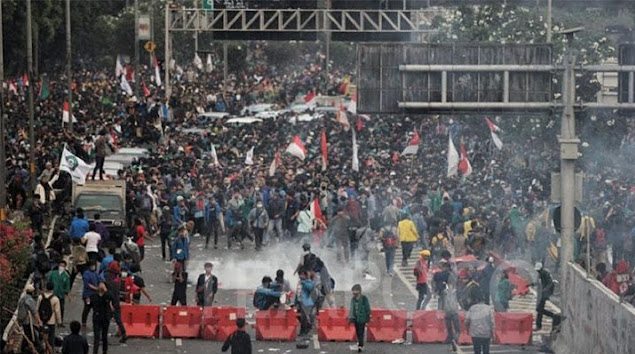 Besok, BEM Seluruh Indonesia Demo Besar-besaran Tolak UU Cipta Kerja
