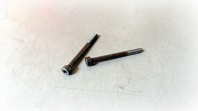 Custom 6-Lobe Socket Cap Screws - 4037 Alloy Steel Heat Treated Material