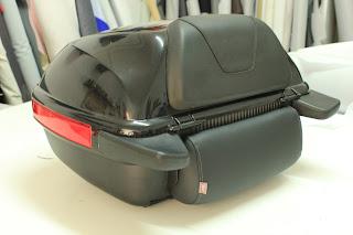 Respaldo / riñonera para cofre de moto tapizado