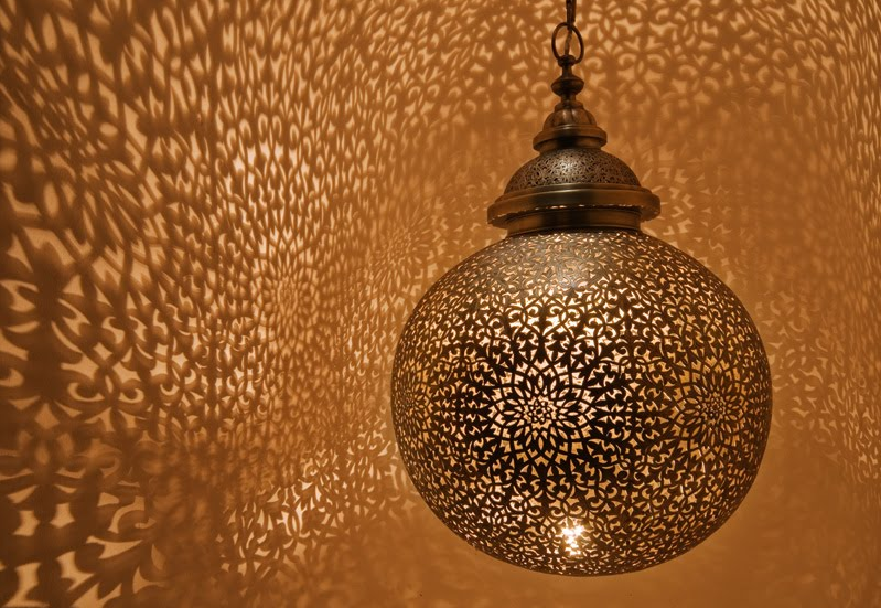 A beautiful hanging Moroccan lantern I would love to have in my home | Lindsay Eryn