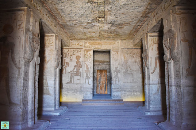 Templo de Hathor (Nefertari), Abu Simbel