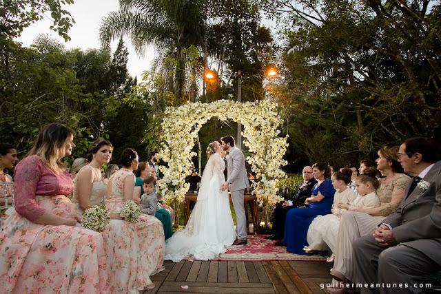 casamento real, decoração de cerimônia, rústico chic, rústico chic, portal de flores, casamento eloiza e renato