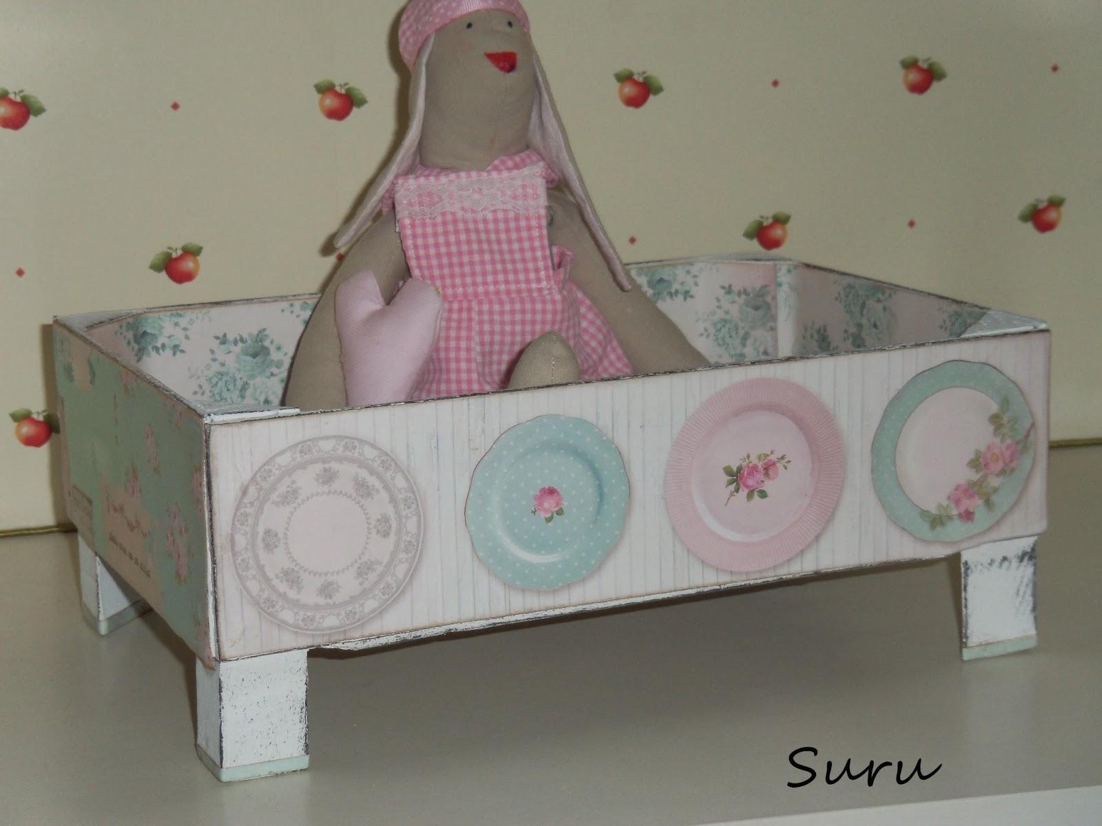 P xaros en la cabeza caja de fresas al reves - Manualidades con cajas de frutas ...