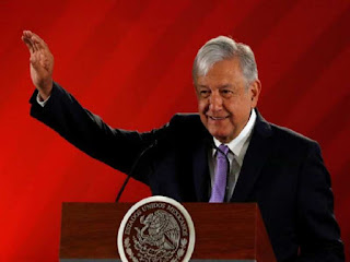 Mexico president says committed to non-intervention on Venezuela