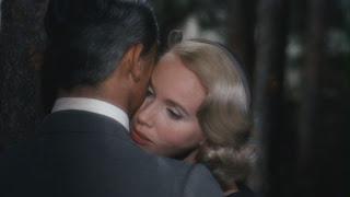 Eva Marie Saint hugging Grant North by Northwest 1959 movieloversreviews.filminspector.com
