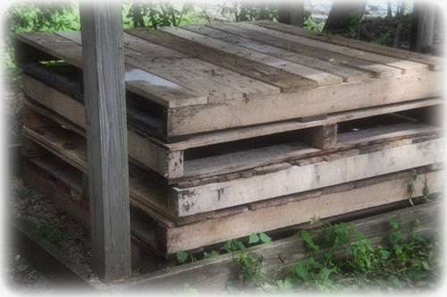 Counting Your Blessings Summer Deck Made Out Of Pallets