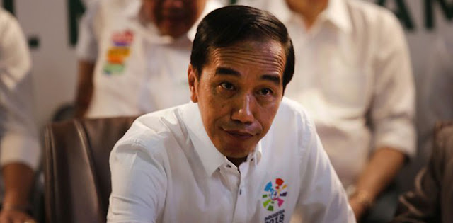 DPR Lagi Sibuk, Jokowi Ambil Kesempatan Menaikkan BPJS, Listrik Dan BBM