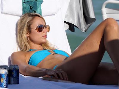 Stacy-Keibler-desktop-hd bikini Wallpapers-007,Stacy Keibler HD Wallpaper