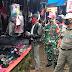 Serma Hermawan Anggota Koramil 422-04/Balik Bukit Bersama Instansi Terkait Laksanakan Operasi Yustisi