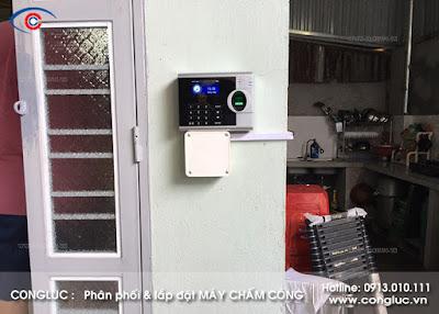 lắp đặt máy chấm công ronald jack 4000tidc tại công ty sơn hòa