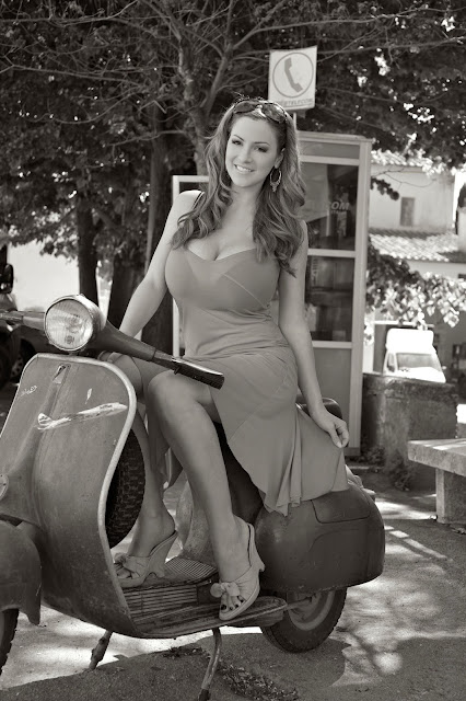 Jordan-Carver-vespa-motorcycle-photo-shoot-hd-9