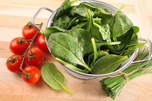 Spinach benefits and how to process them