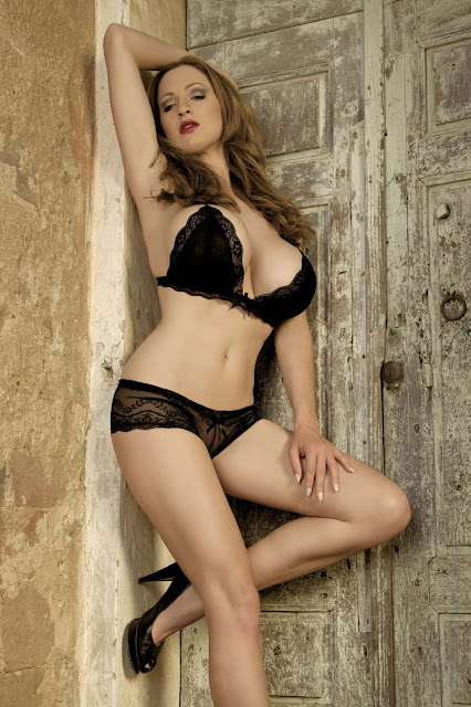 hot-Jordan-Carver-Last-Night-sexy-photoshoot-HD-Image-23
