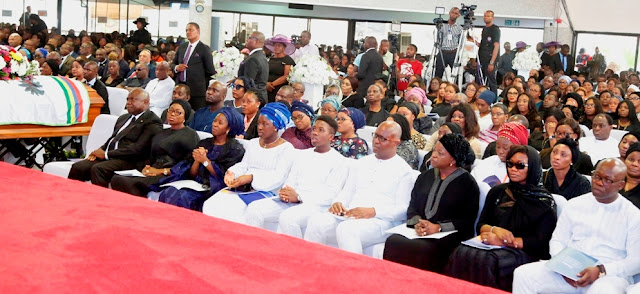 Tears as Deji Tinubu makes final journey home... Ambode, Amosun, Dolapo Osinbajo pay last respects