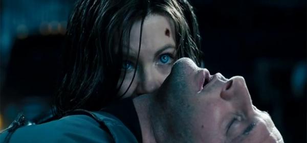 Screen Shot Of Hollywood Movie Underworld 4 Awakening (2012) In Hindi English Full Movie Free Download And Watch Online at worldofree.co