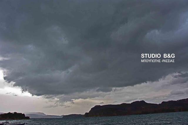 Έκτακτο δελτίο της ΕΜΥ για επιδείνωση του καιρού με καταιγίδες και χαλαζοπτώσεις