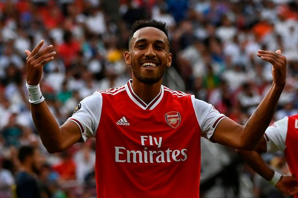 """""""We are waiting"""" - Aubameyang responds to Pepe deal"""