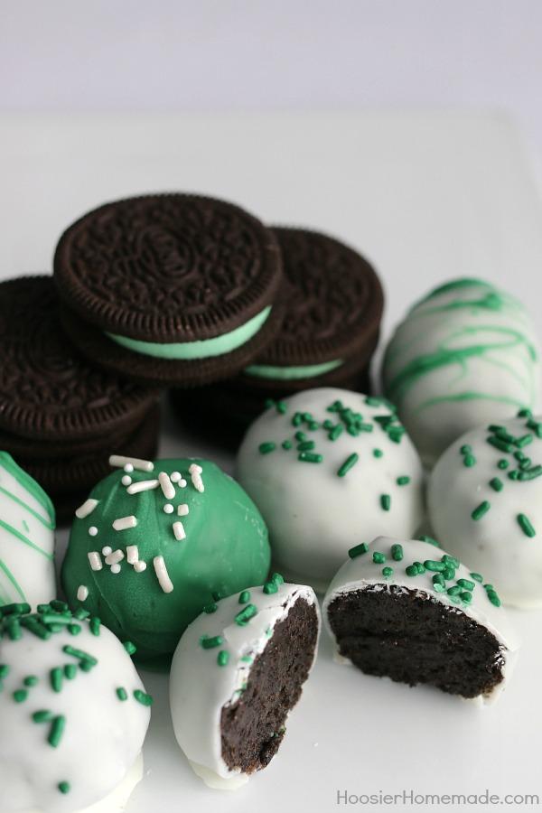 Mint Oreo Truffle Cookies #Mint #Oreo #Truffle #Cookies #Dessert #Snack