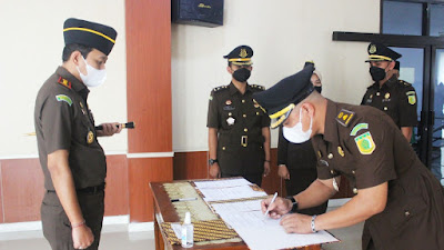Kajari Kota Tangerang Lantik Dua Pejabat Eselon IV