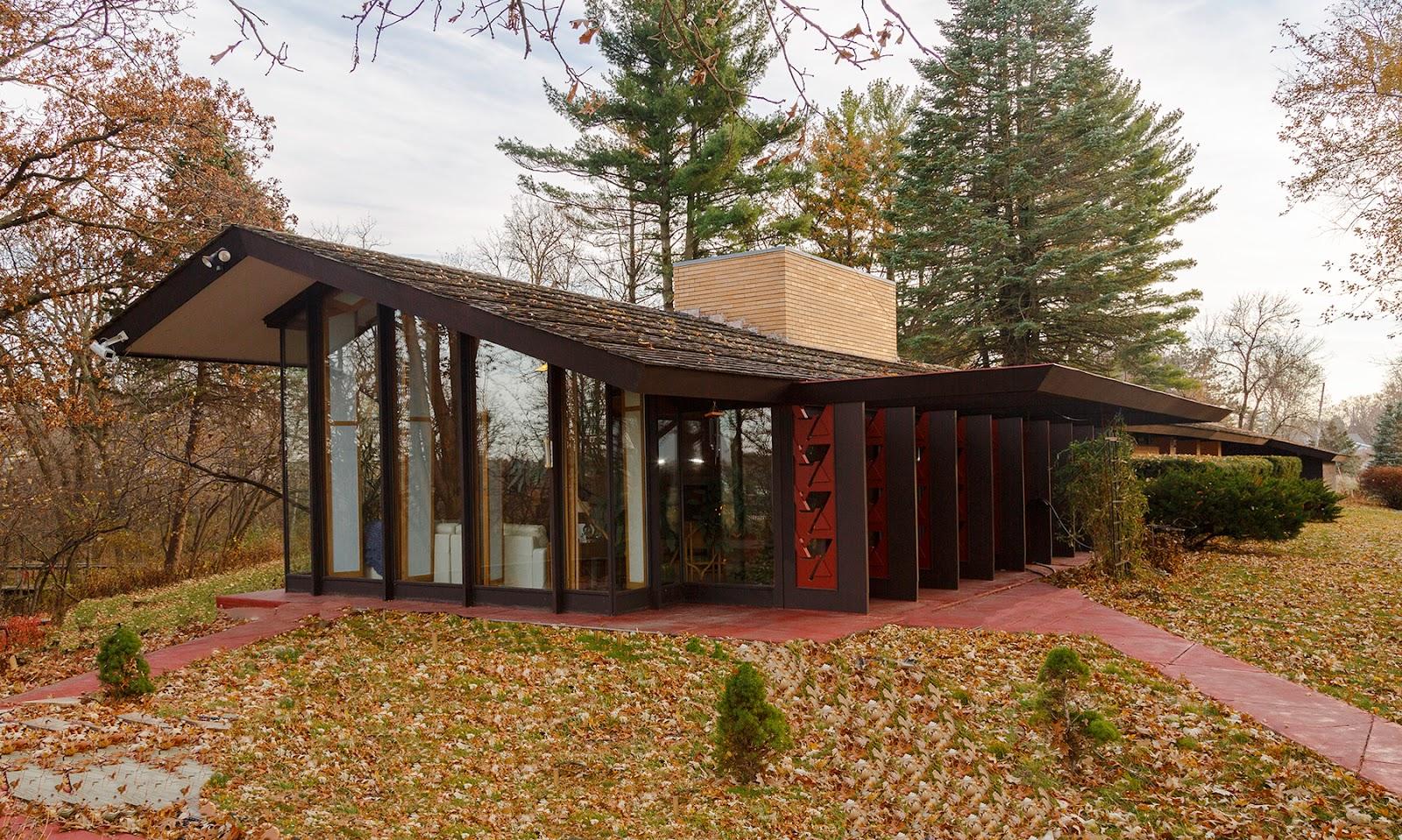 What did frank lloyd wright design home design for Frank lloyd wright style home plans