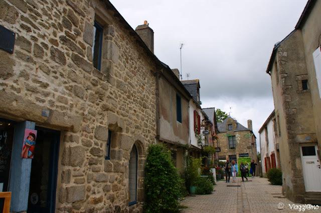 Case in granito del centro storico di Guérande