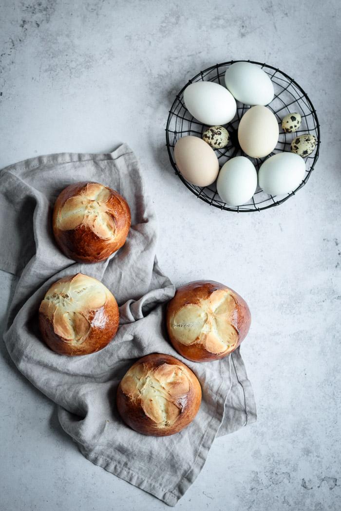 Heute wird es wieder köstlich! Noch ein traditionelles österreichisches Osterrezept:〖Osterpinzen〗