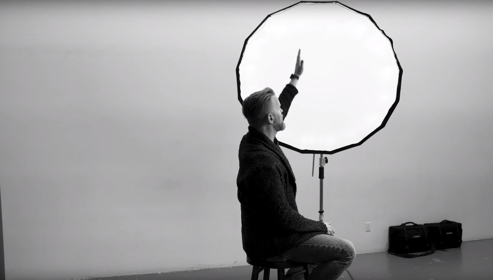How to use STUDIO LIGHTING Tutorial + $450 Light Modifier GIVEAWAY!!!