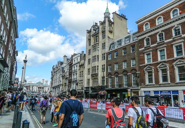 Coluna de Nelson em Trafalgar Square, Londres