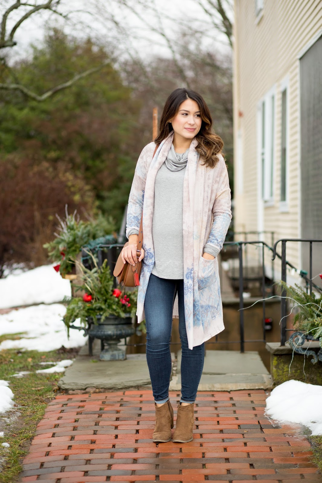 e99d95ad8ed42 So far, I have tried many different maternity brands and Pink Blush  Maternity has been one brand that has an array of styles available which is  so important ...