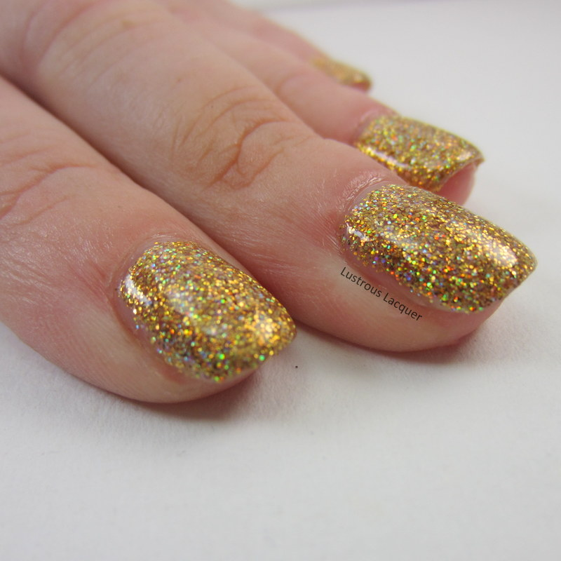 Micro-Glitter-Holographic-Gold-Nail-Polish